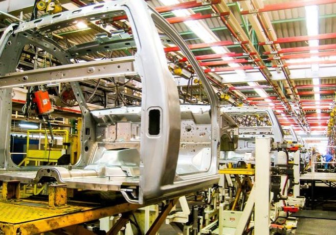 20528095 - car assembly line